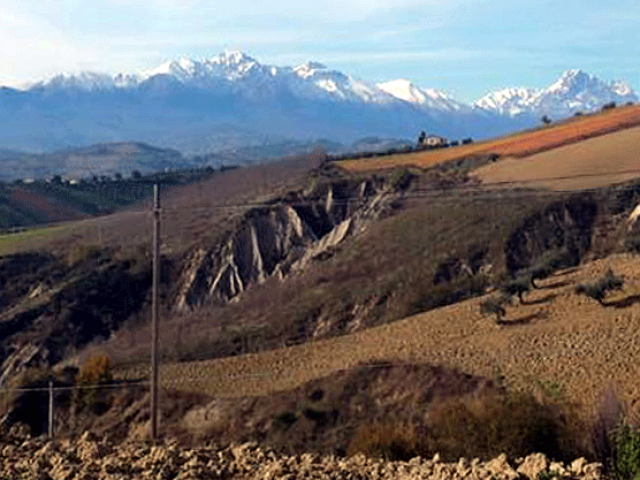 Nelle Terre del Cerrano in bicicletta: Tra il Mare e le Montagne